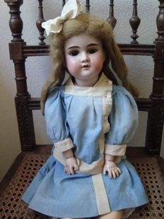 Armand Marseille Antique Doll - A 5 M Floradora -Germany