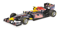 Minichamps - Scale 1/18 - Red Bull Racing Renault RB7 M. Webber 2011