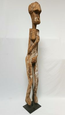 Large wooden ancestral statue - TIMOR - Indonesia