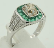 White gold ring, 18 kt, with emerald and old cut diamond, ring size 17.25 (54)