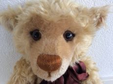 Steiff - 670374 - Millenium Teddy Bear - Germany
