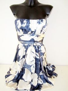 BCBGMAXAZRIA silk strapless designer dress from New York.