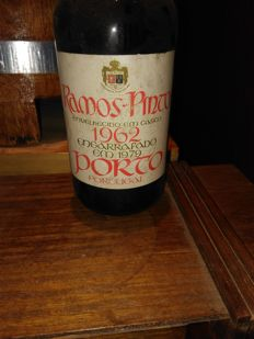 1962 Adriano Ramos Pinto Colheita Port - 1 bottle
