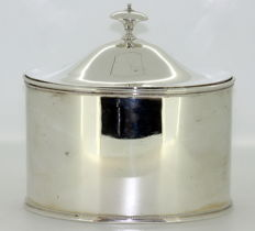 A solid silver tea caddy - Tiffany & Co - circa 1910
