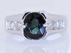 2.28 ct Green Tourmaline with Diamonds ring - No reserve price!