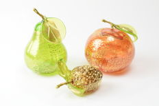 Lorenzo Ferro (Ferro Glassworks) - Set of Three Gold Leaf Fruit & Vegetables
