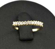 18 kt yellow gold – Ring – 0.40 ct diamonds – Inner ring diameter: 15.65 mm