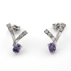 18 kt white gold – Earrings – Brilliant cut diamonds – Amethysts