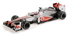 Minichamps - Scale 1/18 - Vodafone McLaren Mercedes MP4-28 J. Button 2013