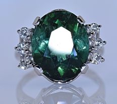 9.50 ct Green Tourmaline with Diamonds ring - No reserve price!