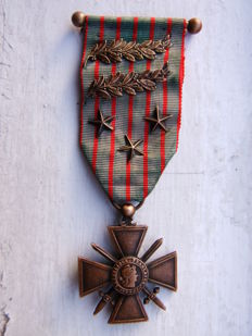 FRANCE WW1 Military Medal War Cross Croix Guerre 1914 - 1916