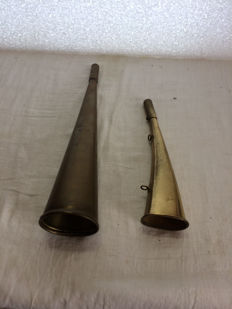 Two ship horns made of brass working perfectly nice sound