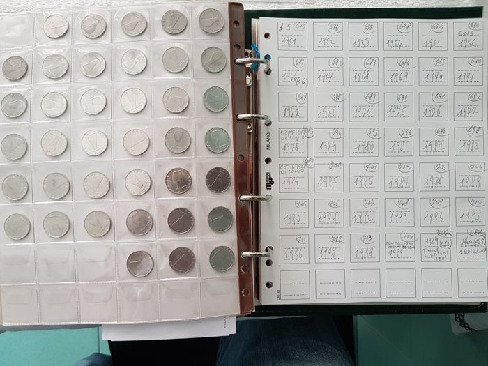 """Italy, Republic – Lot of 43 coins, including 2 lire 1958, 5 lire 1956 and 5 lire 1969 with upturned """"1"""""""