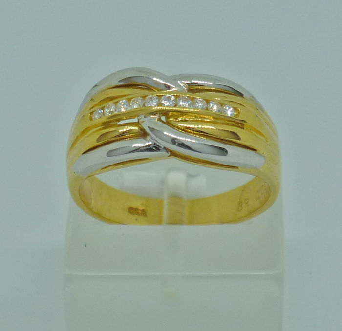 18k yellow gold ladies Ring with diamonds 0,09ct - Size: 53