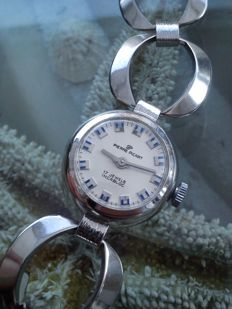 PIERERE PICART  SWISS  mechanical ladie's watch from the 60s.
