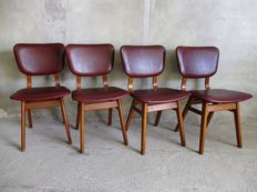 Manufacturer unknown - 4 vintage chairs with faux leather upholstery