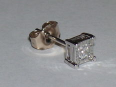 14 kt white gold east stud with diamond - 0.08 ct