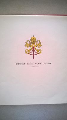 Vatican - From 1858 to 1982 - Collection in album.