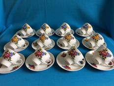 48-piece lot of porcelain cup and saucers