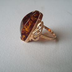 14K (583) USSR gold ring with large Natural Untreated Amber with gift box, No reserve
