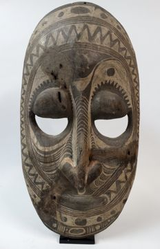 Large ancestor wall mask - SEPIK - Papua New Guinea