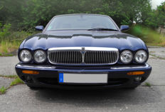 Jaguar XJ8 - Sovereign - 2000