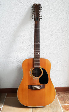 Fender 1972  vintage 12 string acoustic guitar