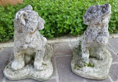 Pair of tiger cubs of Carrara marble and stone grit - France - 20th-century