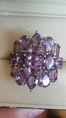 Huge 'Diva' 10.20cts Brazilian Amethyst Coctail ring. Stunning