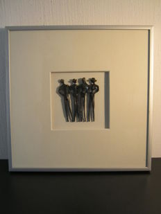 Corry Ammerlaan van Niekerk - framed sculpture - Saamhorigheid / Overleg  - including description