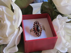 Antique 'marquise' ring in gold-plated silver with garnets