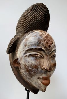 African face mask used by the Punu tribe in Gabon