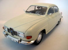 Model Car Group - Scale 1/18 - Saab 96 V4 1967 - Beige