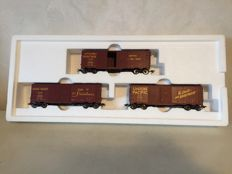 Märklin H0 - 45647 - Wagon set with 3 closed Box Cars of the Union Pacific