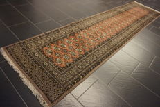 Magnificent hand-knotted oriental carpet Bukhara runner 80 x 330 cm Made in Pakistan