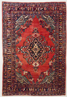 Persian carpet, Sarough Lilihan, 314 x 220 cm.