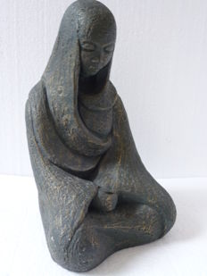 Beautiful statue of woman praying - France - 1950s/1960s