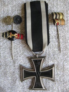 Deutsch Eisernes Kreuz 1914 mit Hersteller  -  Germann Iron cross 1914 with Maker und Miniaturen