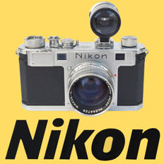 Nikon S rangefinder camera with Nikkor 50 mm f/1.4 lens and WALZ Universal Varifocal viewfinder.