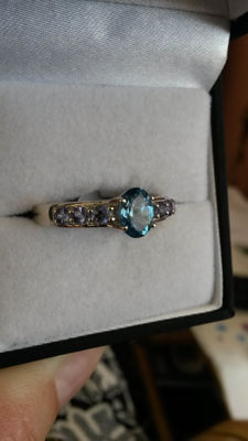Antique design 1.26cts Brazilian Swiss Blue Topaz with genuine Tanzanite dress ring