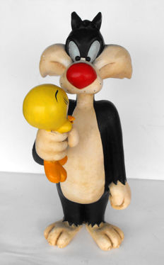 Tweety and Sylvester Statue Resin Polyester Warner Bros ninetees