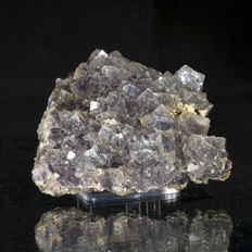 Beautiful alpine Fluorite with nice crystallization and lustre - 10 x 9 x 4.5 cm - 420 gr