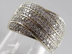 14 kt Band ring with 144 diamonds, 0.72 ct - ring size 16.75 / 53