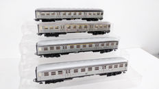 "Märklin H0 - 4042/4043/4083 - Four ""Silberlinge"" carriages of the DB"