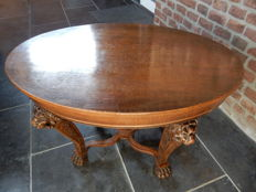 Mechelen oak coffee table with lion's heads