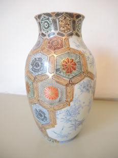Vase - Japan - early 20th century
