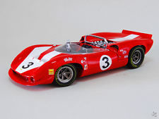 GMP - Scale 1/18 - Lola T 70 Spyder Can/Am 1966 Team Surtees - Driver: John Surtees