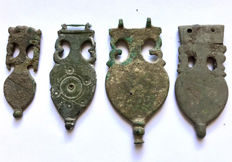 Ancient Roman bronze apliques for a belt shaped as Amphora 4 pieces. / 44mm - 58mm