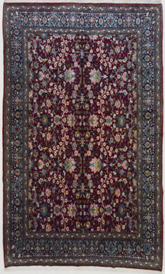 Turkish Hereke rug, good as new, 350 x 214 cm