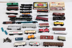 Lima/Etc. H0 - Large number of wagons, including car transporter